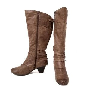 Bare Traps brown tall heeled boots 8.5 M